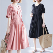 Women's large Summer 2021 Cinnamon pink, temperament black One size fits all [120-200 Jin recommended] singleton  commute easy moderate Socket Short sleeve Solid color literature V-neck polyester fiber routine H0827S pocket 51% (inclusive) - 70% (inclusive) Medium length