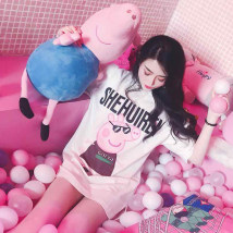 T-shirt Guchi pig Xiangnaier pendant pig big gold chain pig big white pig black pig Pink SMLXL Summer of 2018 Short sleeve Crew neck easy Medium length routine commute 18-24 years old Korean version originality Cartoon animation Sakai tuhao852 printing Pure e-commerce (online only)