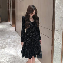 Women's large Winter 2020 Black and white S M L commute Self cultivation Long sleeves Solid color Korean version V-neck Three dimensional cutting routine venui Qingchuan 18-24 years old Short skirt Other 100% Pure e-commerce (online only) Princess Dress