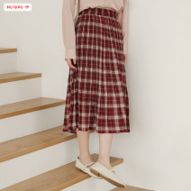 skirt Spring 2020 Average size (within 80kg ~ 130kg) Red and black Mid length dress commute High waist Pleated skirt lattice Type H 18-24 years old More than 95% brocade Basabai polyester fiber fold Retro Polyester 100% Exclusive payment of tmall