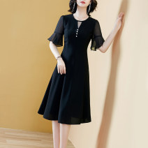 Dress Summer 2021 Black black- S M L XL 2XL 3XL Mid length dress singleton  Short sleeve commute Crew neck middle-waisted Solid color zipper other Lotus leaf sleeve Others 40-49 years old Type A Yi meichu Retro Ruffle button YN-1176 More than 95% other other Other 100% Pure e-commerce (online only)