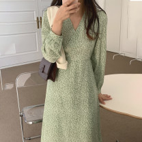 Dress Spring 2021 green Average size Mid length dress singleton  Long sleeves commute V-neck High waist Broken flowers A-line skirt routine 18-24 years old Type A Korean version 71% (inclusive) - 80% (inclusive) Chiffon polyester fiber