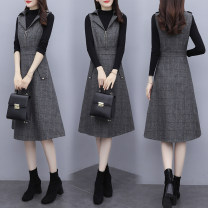 Dress Autumn 2020 Grey skirt with black sweater grey skirt with white sweater grey single skirt S M L XL XXL Mid length dress Two piece set Sleeveless commute tailored collar middle-waisted lattice zipper A-line skirt routine straps 25-29 years old Type A Lai Xun Pavilion Korean version Pocket zipper