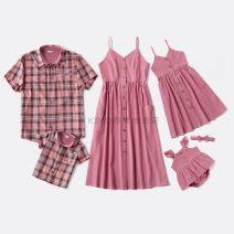 Parent child fashion Pink A family of three neutral Other / other winter Europe and America routine Solid color Pajamas / housewear cotton L,M,S,XL Class A M,L,XL,XXL Two, three, four, five, six, seven, eight, nine Chinese Mainland