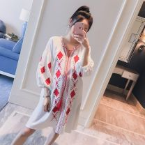 Dress Other / other White, Navy M,L,XL,XXL Korean version Long sleeves Medium length summer V-neck Abstract pattern Cotton and hemp WS000403