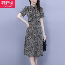 Women's large Summer 2021 M [recommended 85-100 kg] l [recommended 100-118 kg] XL [recommended 120-133 kg] 2XL [recommended 135-148 kg] 3XL [recommended 150-163 kg] Dress singleton  commute moderate Socket Short sleeve Decor Korean version stand collar Three dimensional cutting routine Z80320329