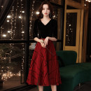 Dress / evening wear Weddings, adulthood parties, company annual meetings, daily appointments XS S M L XL XXL XXXL Black and red medium length Korean version Medium length middle-waisted Winter 2020 Self cultivation Deep collar V zipper 18-25 years old ULH8166 elbow sleeve Solid color ULH routine