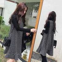 Dress Other / other Vest skirt + bottom coat, vest skirt + bottom coat + skin color bottom trousers, vest skirt + bottom coat + black bottom trousers M,L,XL,XXL Korean version Sleeveless Medium length autumn Crew neck lattice