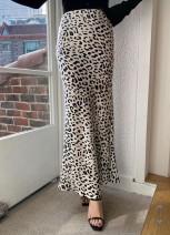 skirt Spring 2021 (waist 66-90, hip 100, length 100) in stock White, black