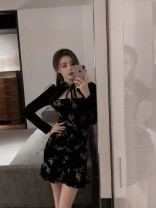 Dress Spring 2021 Floral velvet skirt S M Short skirt singleton  Long sleeves commute other High waist other Socket A-line skirt routine Others 18-24 years old Type A Qingqing leisurely Korean version More than 95% other other New polyester fiber 100.00% Pure e-commerce (online only)