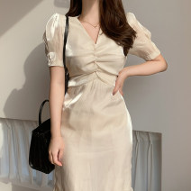 Dress Summer 2021 Apricot S M L XL 2XL 3XL Mid length dress singleton  Short sleeve commute V-neck High waist Solid color Socket A-line skirt routine Others 25-29 years old John Ratzenberger  Korean version fold A4397 More than 95% Silk and satin other Other 100% Pure e-commerce (online only)