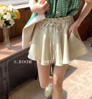 skirt Spring 2021 S, M Black, white, green, light blue Short skirt commute Natural waist A-line skirt Solid color 25-29 years old SH8750 Korean version