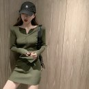 Women's large Autumn 2020 Green black S M L singleton  commute Long sleeves Solid color Korean version V-neck routine Heresy 18-24 years old 31% (inclusive) - 50% (inclusive) Short skirt Cotton 50% new polyester 40% polyurethane elastic fiber (spandex) 10% Pure e-commerce (online only)