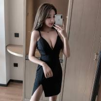 Dress Autumn of 2019 White black S M L Short skirt singleton  Sleeveless commute V-neck High waist Solid color Socket One pace skirt other camisole 25-29 years old Type H Ya makeup Korean version Open back stitching 51% (inclusive) - 70% (inclusive) other polyester fiber Polyester 55% other 45%