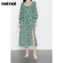 Dress Autumn 2020 green S M L XL Mid length dress singleton  Long sleeves commute square neck High waist Broken flowers zipper A-line skirt other Others 25-29 years old Type A NOLNOL Retro Zipper printing N688032L33 More than 95% other polyester fiber Polyester 100%