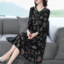 Dress Spring 2021 Picture color L,XL,2XL,3XL,4XL longuette singleton  Long sleeves commute Crew neck Decor A-line skirt routine 40-49 years old Type A Frenulum More than 95% other