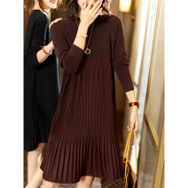 Dress Autumn 2020 Coffee, dark night Average size Mid length dress singleton  Long sleeves street Crew neck Loose waist Socket Pleated skirt routine Others 30-34 years old Type A Plain wood Inlay drill, splice JAK303 51% (inclusive) - 70% (inclusive) cotton Europe and America