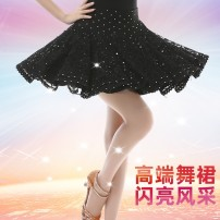 skirt Summer of 2019 S,M,L,XL Black, red Short skirt Versatile High waist Cake skirt Solid color Type A 25-29 years old 51% (inclusive) - 70% (inclusive) Lace polyester fiber 201g / m ^ 2 (including) - 250G / m ^ 2 (including)
