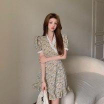 Dress Summer 2021 Picture color S, M Short skirt singleton  Short sleeve commute V-neck High waist Socket 18-24 years old Korean version 81% (inclusive) - 90% (inclusive)