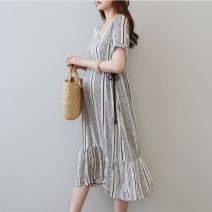 Dress Pregnani As shown in the figure M L XL Korean version Short sleeve Medium length summer V-neck viscose