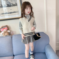 Vest female Off white pink 90cm 100cm 110cm 120cm 130cm 140cm 150cm Beautiful Ranran spring and autumn routine There are models in the real shooting Socket leisure time Cotton blended fabric Solid color Polyacrylonitrile fiber (acrylic fiber) 100% Class B other Cotton liner Spring 2021
