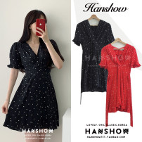 Dress Summer 2020 Red, black S,M,L,XL Short skirt singleton  Short sleeve commute V-neck High waist Broken flowers Socket puff sleeve 18-24 years old Type A Korean version Panel, zipper Chiffon