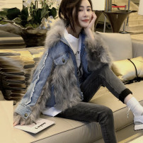 leather and fur Winter 2020 Other / other Denim S,M,L routine Long sleeves street stand collar routine zipper other 25-29 years old Fur collar 91% (inclusive) - 95% (inclusive) Europe and America