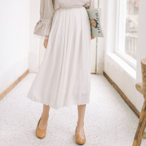 skirt Autumn of 2018 S,M,L white Mid length dress Sweet High waist Pleated skirt Solid color Type A 18-24 years old 31% (inclusive) - 50% (inclusive) Other / other polyester fiber college