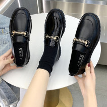 Low top shoes 35 36 37 38 39 40 Round head PU Thick heel Low heel (1-3cm) Deep mouth Superfine fiber Spring 2021 Trochanter Korean version Adhesive shoes Youth (18-40 years old) Solid color rubber Single shoes Metal decoration of thick heel platform PU leisure time Face dressing