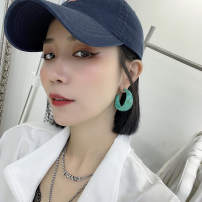 Earrings other 30-39.99 yuan Other / other A pair of coffee, apricot and green