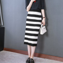 skirt Winter of 2019 L,M,S Black and white stripes Mid length dress grace High waist skirt stripe 30-34 years old 71% (inclusive) - 80% (inclusive) knitting lauve Viscose