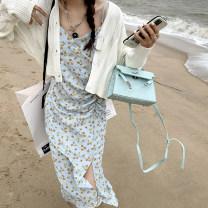 Dress Spring 2021 White, floral skirt, suit S,M,L Mid length dress singleton  Sleeveless commute V-neck High waist Broken flowers Socket camisole 18-24 years old Other / other Korean version zipper S163