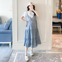 Dress Other / other White + blue M,L,XL Korean version Short sleeve Medium length summer other other Cotton + beef