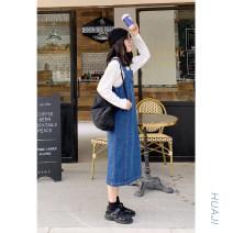 Dress Autumn of 2019 Denim blue Mid length dress singleton  Sleeveless Sweet square neck High waist Socket straps 18-24 years old Type H Huaji Pocket, strap More than 95% Denim cotton college