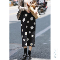 skirt Autumn 2020 S,M,L black Mid length dress Sweet High waist A-line skirt Type A 18-24 years old Q151 51% (inclusive) - 70% (inclusive) Huaji acrylic fibres Countryside