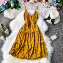 Dress Spring 2020 Apricot ground blue flower, black ground broken flower, yellow ground broken flower, apricot ground broken flower, yellow ground red flower, apricot ground red flower, black ground red flower, blue ground broken flower Average size Mid length dress singleton  Sleeveless commute