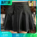 skirt Winter 2020 M,L,XL,2XL,3XL black Short skirt Versatile High waist Pleated skirt Solid color Type A 30-34 years old Sheepskin Mu Zhi Sheepskin Pleated, zipper