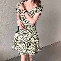 Dress Summer 2021 Retro Green Floral Skirt Average size Short skirt singleton  Short sleeve commute High waist A-line skirt routine 18-24 years old Korean version 51% (inclusive) - 70% (inclusive)