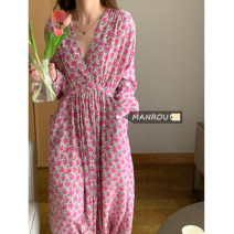 Dress Summer 2021 Picture color Average size longuette singleton  Long sleeves commute V-neck High waist Decor other routine 18-24 years old Type A Korean version 51% (inclusive) - 70% (inclusive)
