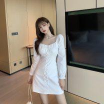 Women's large Autumn 2020 White, black Average size Dress 9894# 18-24 years old