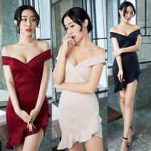 Dress Summer 2020 Black, Burgundy, apricot S,XL,L,M Short skirt singleton  commute middle-waisted Solid color zipper Irregular skirt Oblique shoulder 25-29 years old Type H Yaxin clothing Stitching, asymmetry, open back 51% (inclusive) - 70% (inclusive) knitting other