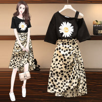 Women's large Summer 2021 black M suggests 80-100kg, l 100-120kg, XL 120-143kg, 2XL 145-168kg, 3XL 170-200kg Two piece set easy thin Socket Short sleeve Dot, plant, flower One word collar Medium length Polyester, cotton Three dimensional cutting routine backless Medium length other
