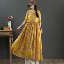 Dress Summer 2021 Yellow, pink Average size longuette singleton  Long sleeves commute Crew neck Loose waist Decor Socket Big swing routine 40-49 years old Type X literature pocket More than 95% hemp