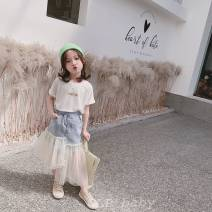 T-shirt Single letter white T-shirt in stock, single denim irregular yarn skirt in stock Other / other 100cm (tag size 100), 110cm (tag Size 110), 120cm (tag Size 120), 125cm (tag Size 130), 135cm (tag size 140), 145cm (tag size 150) neutral other letter Other 100%