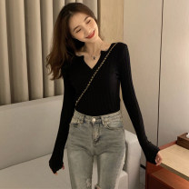 Wool knitwear Autumn 2020 S,M,L,XL Black, khaki, white, gray Long sleeves singleton  Socket other 31% (inclusive) - 50% (inclusive) Regular routine Sweet Self cultivation V-neck routine Solid color Socket Under 17 solar system