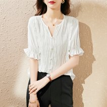 shirt white S M Summer 2021 polyester fiber 31% (inclusive) - 50% (inclusive) Short sleeve commute Regular V-neck routine other 25-29 years old Straight cylinder Paradise of awakening Korean version SXCS2l123 Polyester 50.2% viscose 49.8% Pure e-commerce (online only)