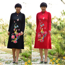 Middle aged and old women's wear Fall 2017 XL,XXL,XXXL,4XL ethnic style Dress easy singleton  Flower and bird pattern 40-49 years old Socket Medium length Other / other cotton Medium length