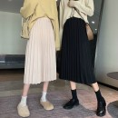 skirt Autumn 2020 Average size Apricot, black Mid length dress Versatile High waist Pleated skirt Solid color Type A 18-24 years old 30% and below polyester fiber