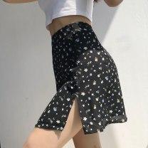 skirt Summer 2020 S,M,L Floral pattern Short skirt Versatile High waist skirt Broken flowers 18-24 years old 81% (inclusive) - 90% (inclusive) Chiffon polyester fiber