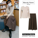 skirt Winter 2020 S,M,L,XL Coffee skirt, apricot sweater Mid length dress Versatile High waist Pleated skirt lattice Type A 18-24 years old Other / other